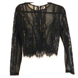 Crop top black lace
